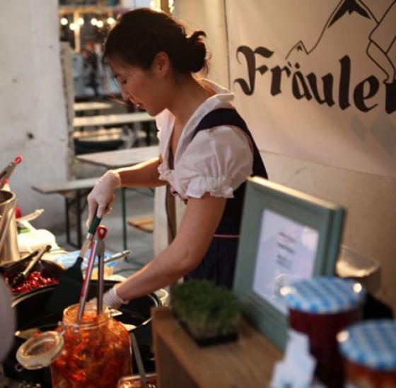 Fräulein Kimchi beim Street Food Thursday in der Markthalle Neun Berlin