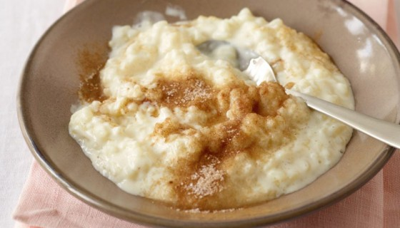 Rezeptklassiker Milchreis mit Zimt und Zucker