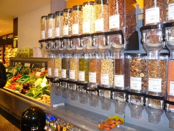 Nusssortiment Supermarkt Veganz Hamburg