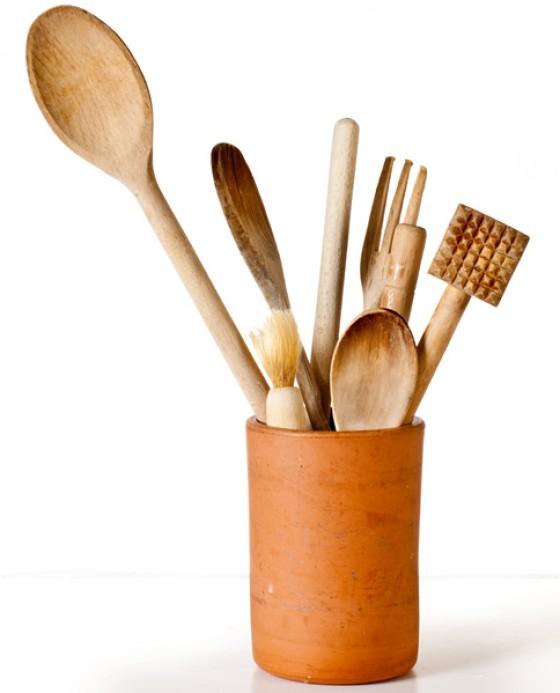 Küchenutensilien aus Holz Shutterstock 58739269