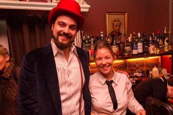 Bar Clockers Hamburg Geschäftführer und Bartenderin