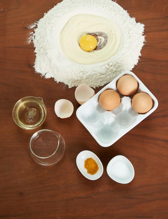 Grundzutaten für Pastateig
