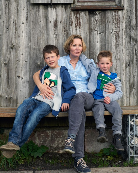 Chiemgau Anne Haupt mit Kindern