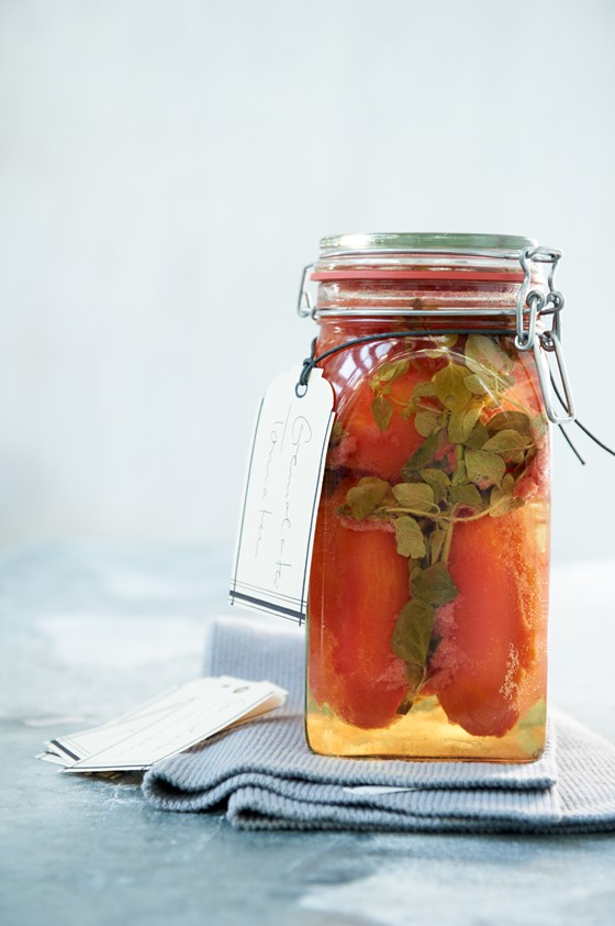 Gremolate-Tomaten-im-Glas-Einmachen