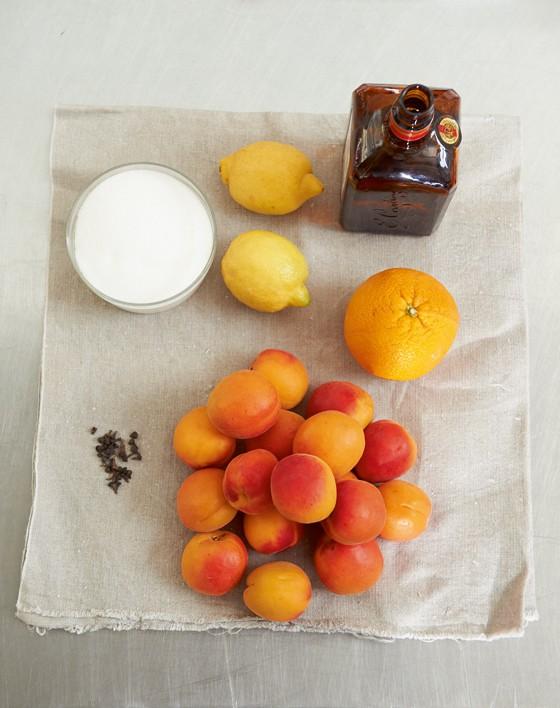 Grundzutaten-Aprikosen-Einmachen