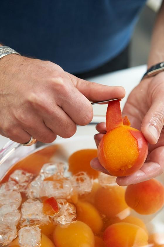 Aprikosen-häuten-Aprikosen-Einmachen