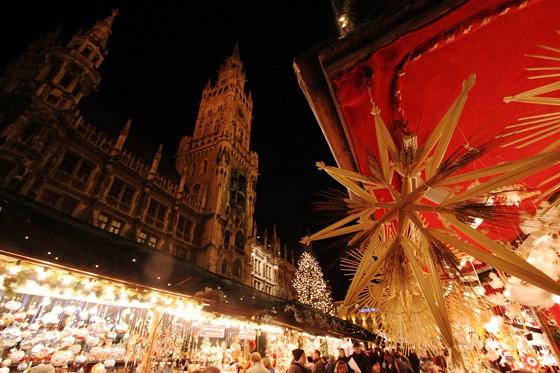 Münchner Christkindlmarkt am Marienplatz