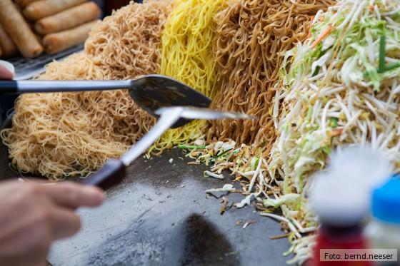 Nudeln auf einem asiatischen Markt