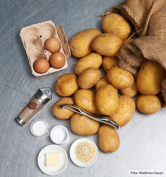 Grundzutaten für die Kartoffelmasse