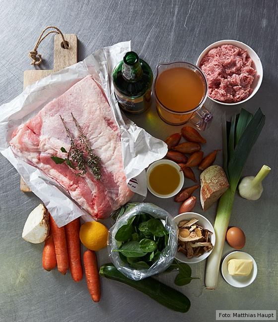 gefüllte Kalbsbrust, wie macht man, Grundrezept, Fleisch, Kalb, Grundzutaten
