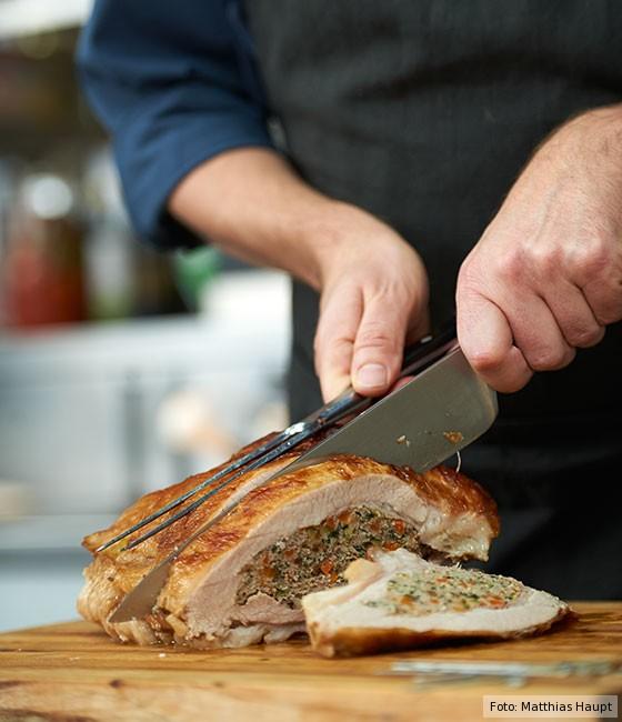 gefüllte Kalbsbrust, wie macht man, Grundrezept, Fleisch, Kalb, Fleisch schneiden